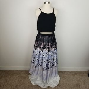Betsy and Adam Floral Black Prom Dress Size 10